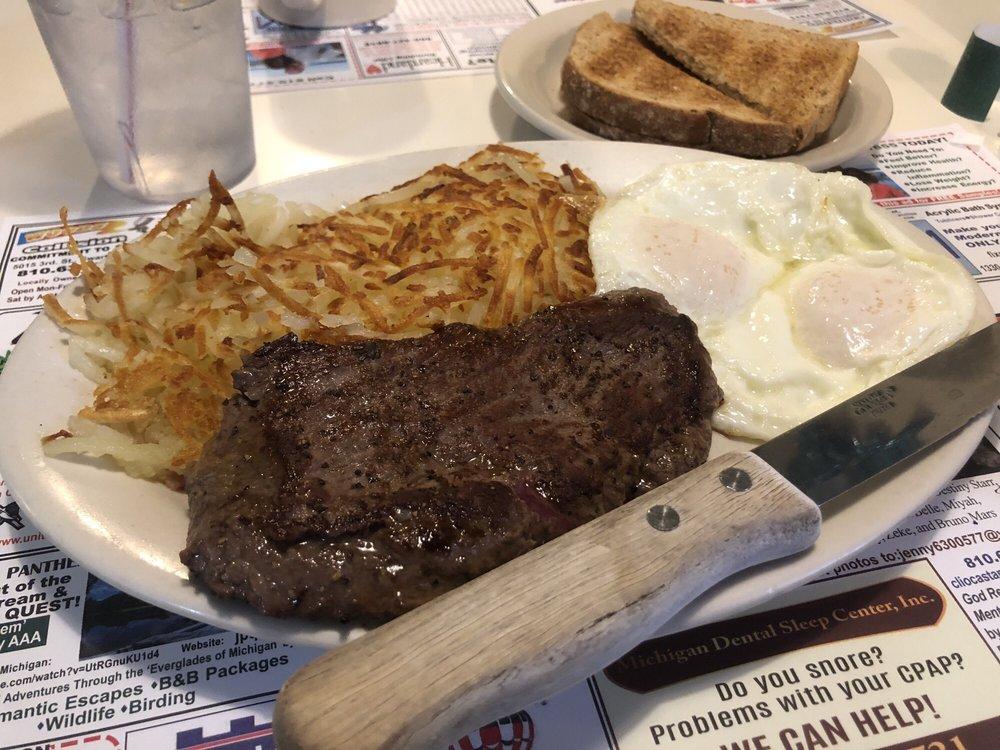 Country Carriage Restaurant: 9237 Miller Rd, Swartz Creek, MI