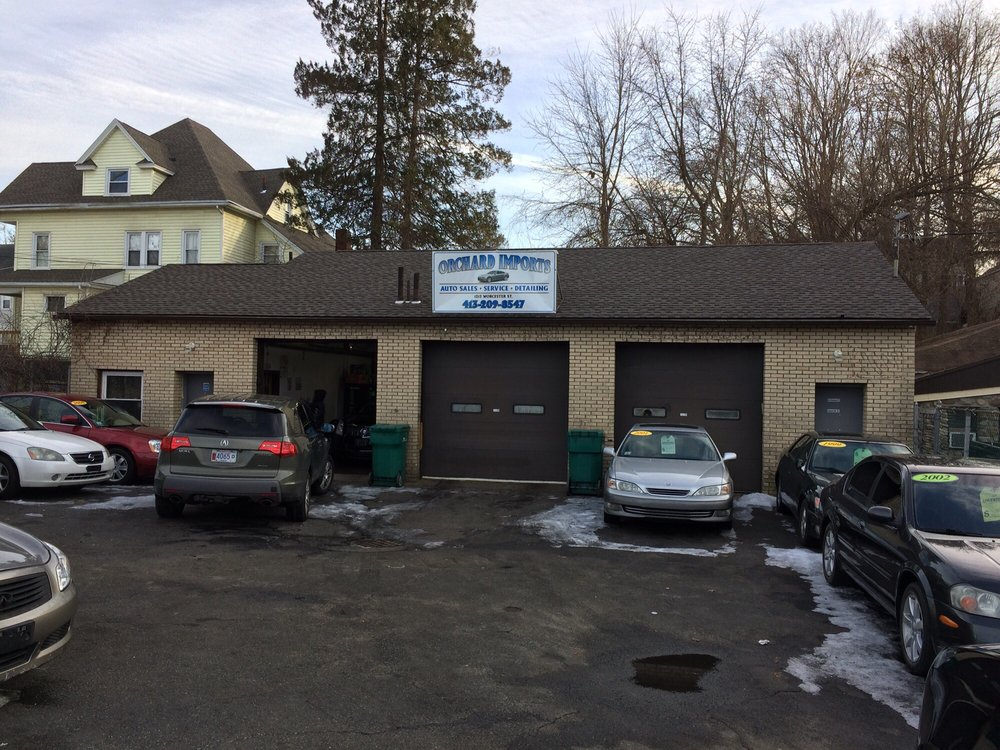 SQUEAKY CLEAN AUTO DETAILING: 1213 Worcester St, Indian Orchard, MA
