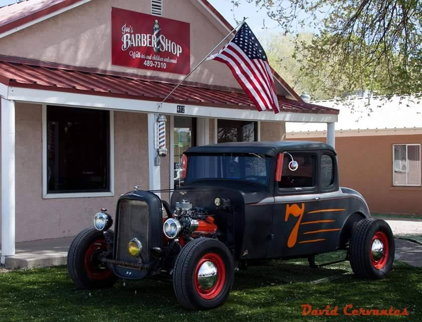 Joe's Barber Shop: 412 Main St SW, Los Lunas, NM