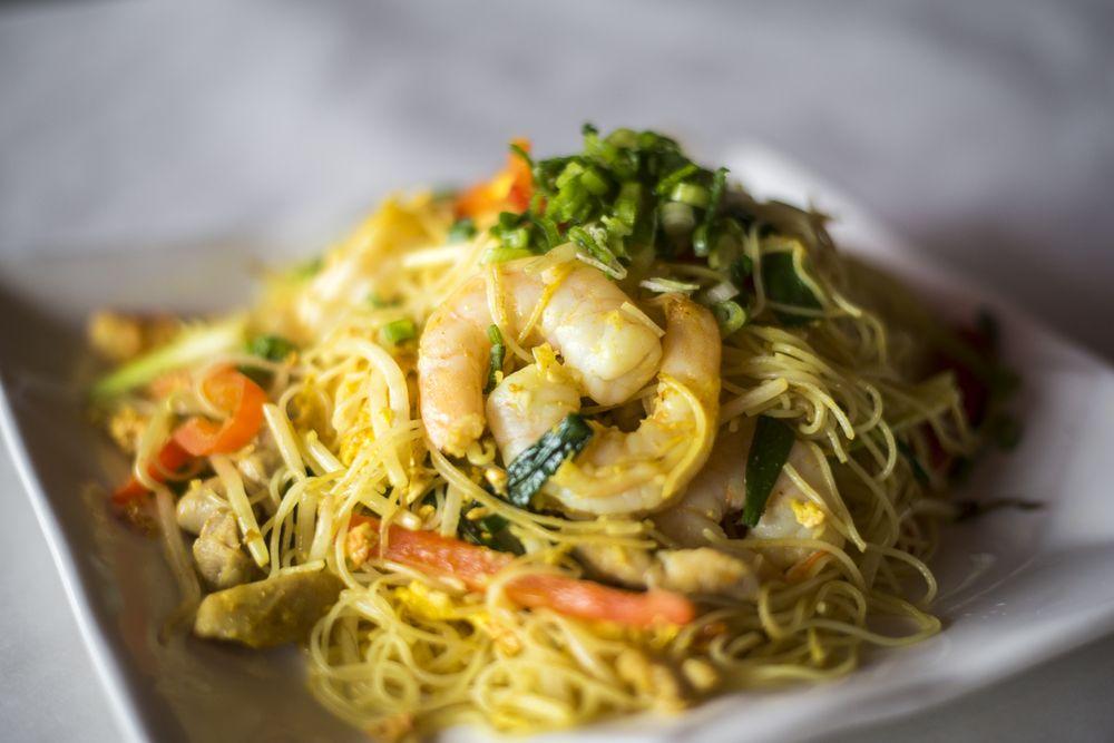 Otani Japanese Restaurant: 1625 Golden Gate Plz, Mayfield Heights, OH