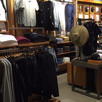 8ba7941181 Vans - 44 Photos   19 Reviews - Shoe Stores - 1450 Ala Moana Blvd ...