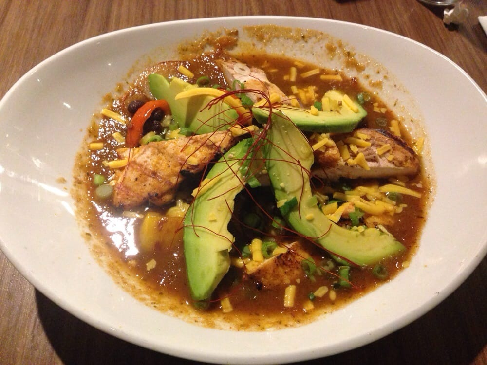 Spicy chicken bowl w/ black beans, avocado, peppers ...
