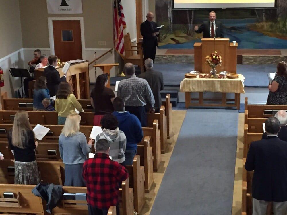 Grace Baptist Church : 120 Park Ave, Medina, NY
