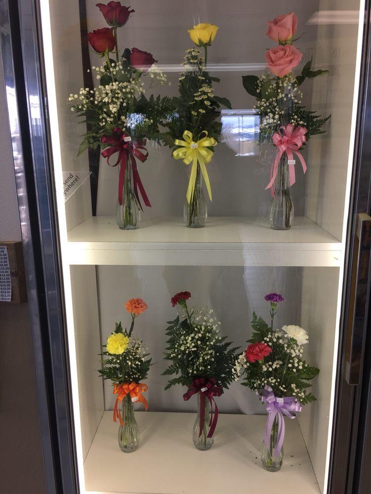 Hi Mountain Floral: 307 S Washington St, Afton, WY