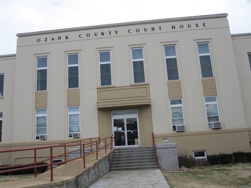 Ozark county clerk palais de justice 206 s main st for Fenetre yainville