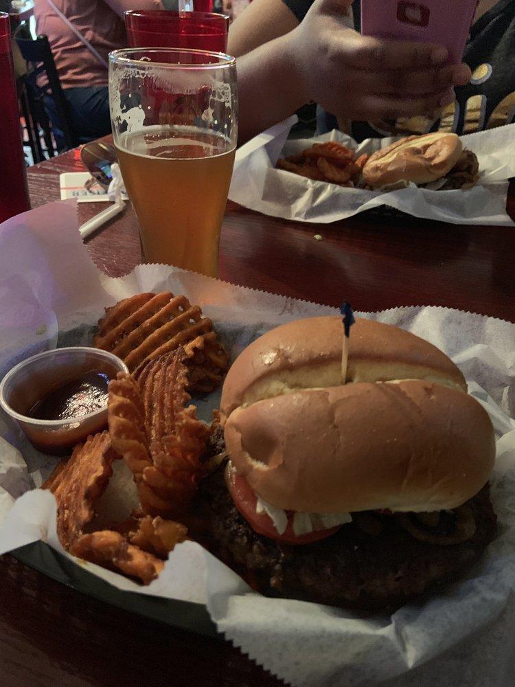 Legends Southside Bar: 401 S 5th St, Richmond, IN