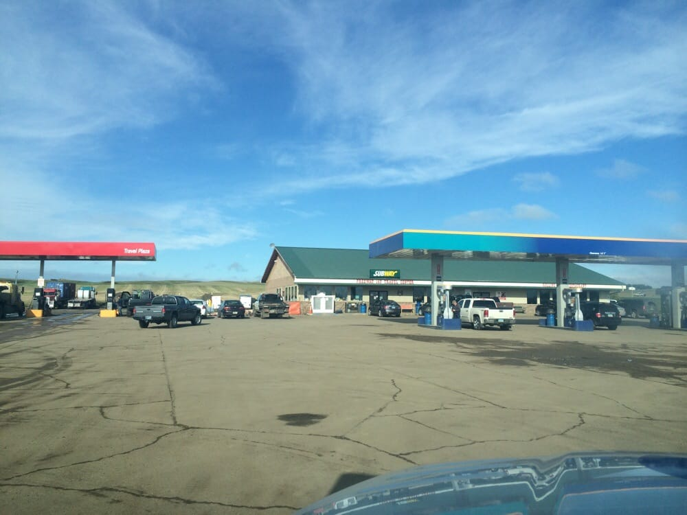 Flying J: 3825 Interstate 94 Business, Mandan, ND