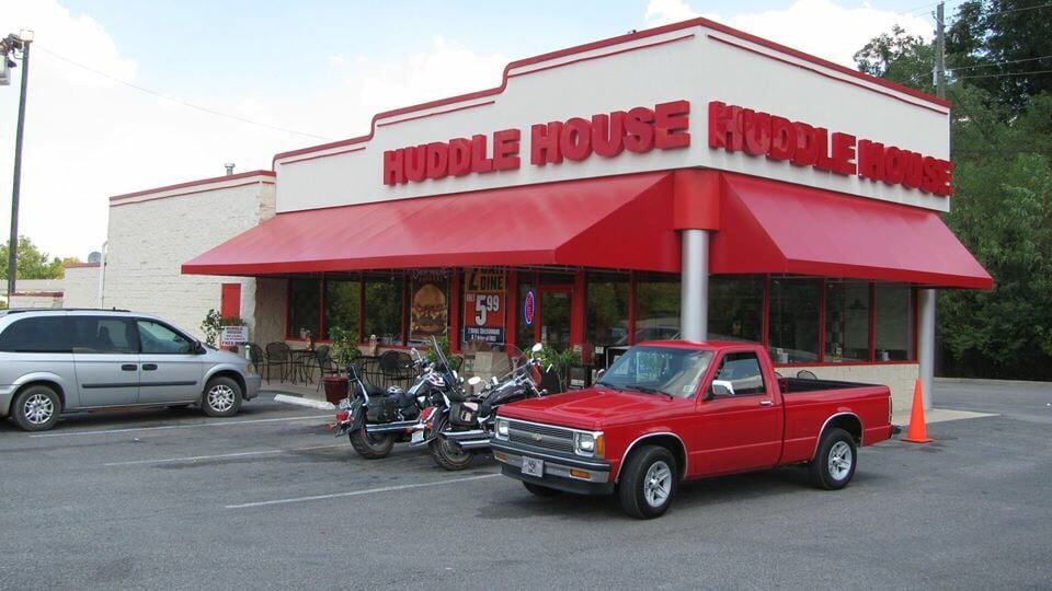 Food from Huddle House