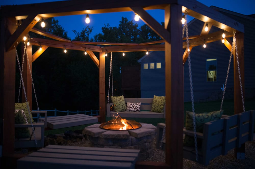 Radiant Exterior Lighting: Troy, MO