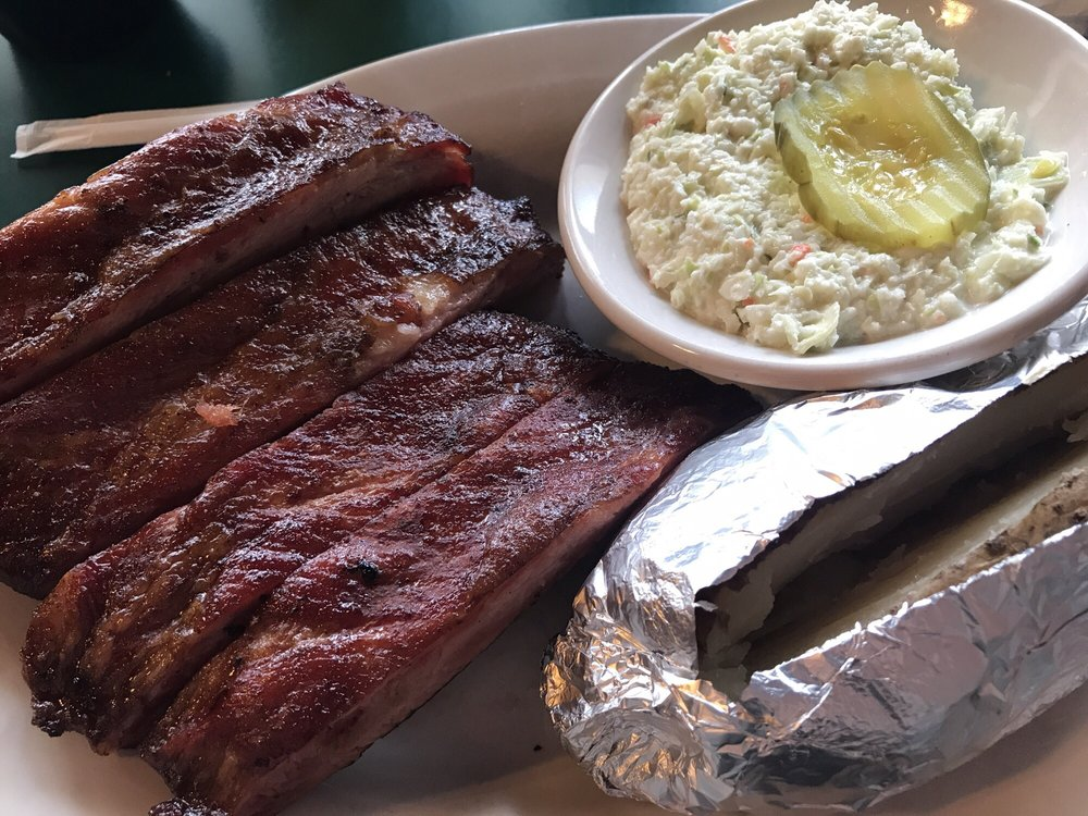 Hillbilly's Bbq & Steaks: 305 S Main St, Lowell, NC