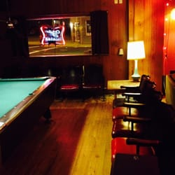Lees Luxury Lounge Photos Reviews Dive Bars S - Pool table movers milwaukee wi