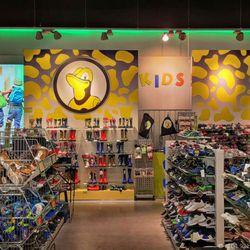 wholesale dealer 5b101 e3a90 Salamander - Shoe Stores - Am Moritzberg 2, Rottendorf ...