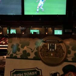 Hooligan's Sports Bar - 24 Photos & 40 Reviews - Pubs - 109 N