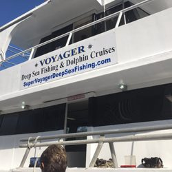 Voyager deep sea fishing dolphin cruises 38 fotos y 35 for Voyager deep sea fishing
