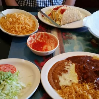 Photo Of El Mezcal Restaurant Topeka Ks United States