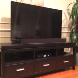 Photo Of MJ Madison Furniture   Burbank, CA, United States. TV Stand !