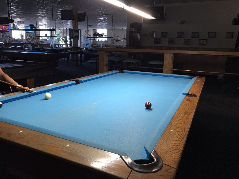 Ball & Cue Billiards & Pro Shop: 3434 Fort St, Lincoln Park, MI