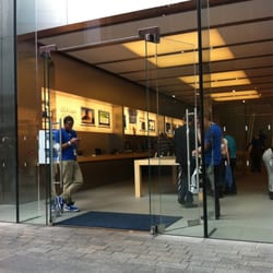 apple store contact number uk