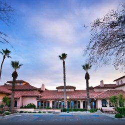 Photo Of Harris Ranch Inn Restaurant Coalinga Ca United States