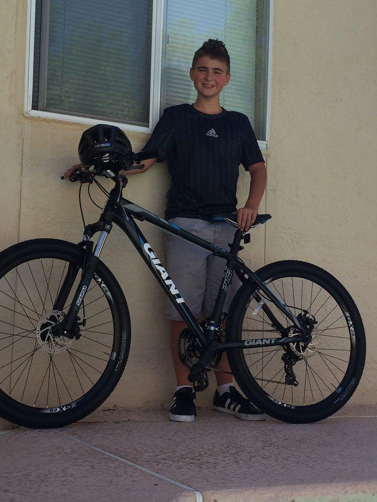 Crazy Cat Cyclery-Redd Road: 5650 N Desert Blvd, El Paso, TX