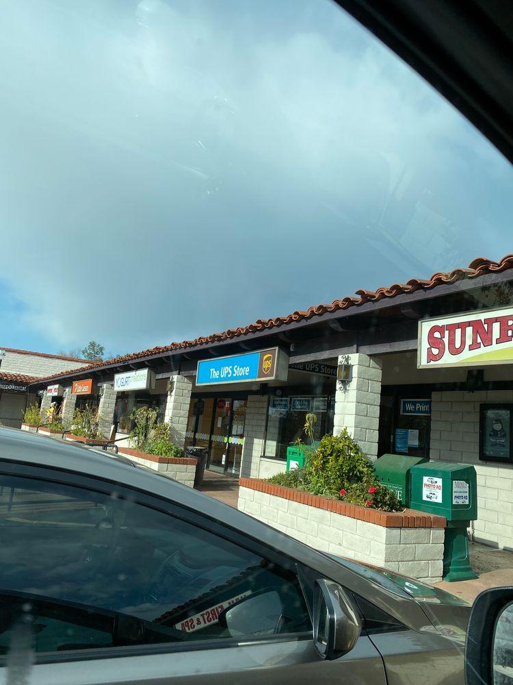 The UPS Store: 7343 El Camino Real, Atascadero, CA