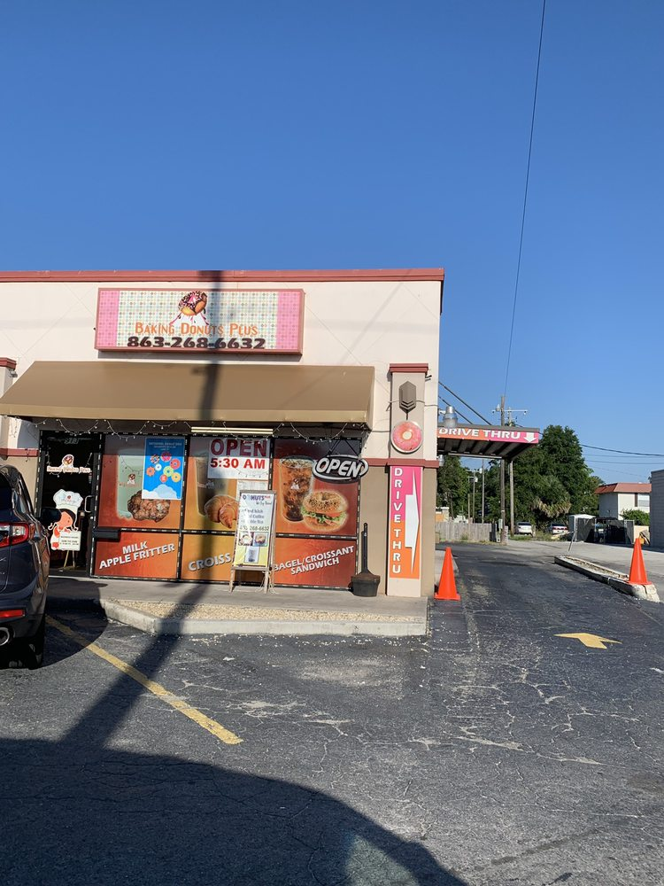 Baking Donuts Plus: 913 6th St NW, Winter Haven, FL