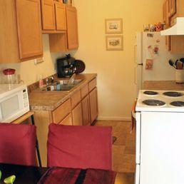 Cedar Manor Apartments - 11 Photos - Apartments - 8901 Old Cedar Ave ...