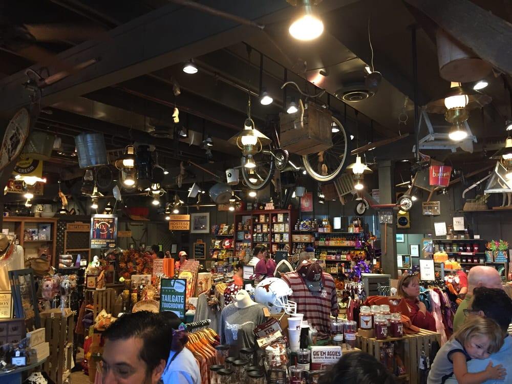 Cracker barrel old country store 196 foto e 134 for Case di cracker di florida