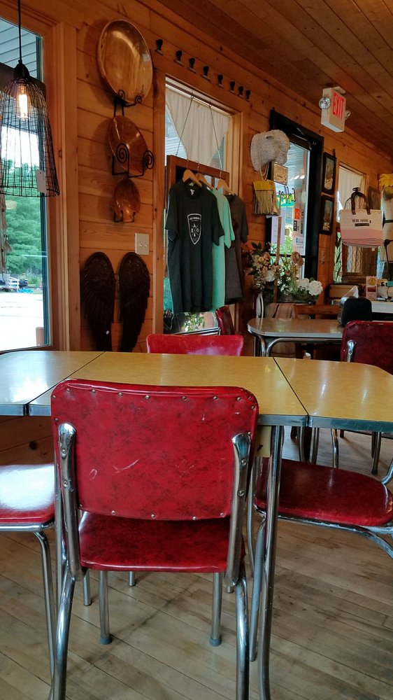 The Butcher's Wife: 7263 Bradley St, Lake Tomahawk, WI