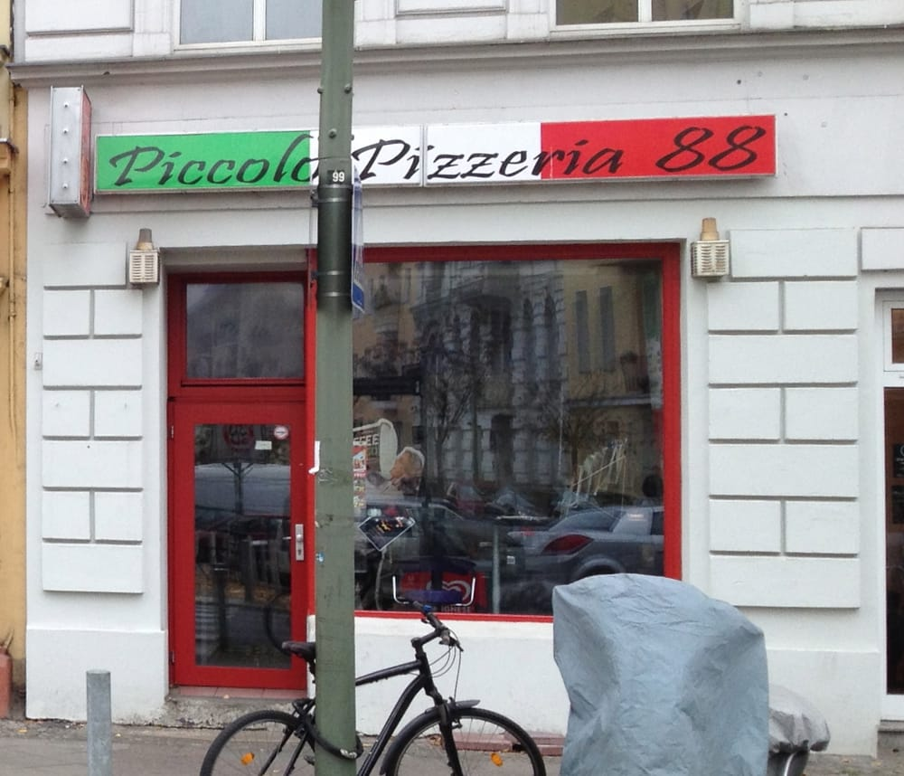 piccolo pizzeria 88 pizza grunewaldstr 88 sch neberg berlin deutschland beitr ge zu. Black Bedroom Furniture Sets. Home Design Ideas