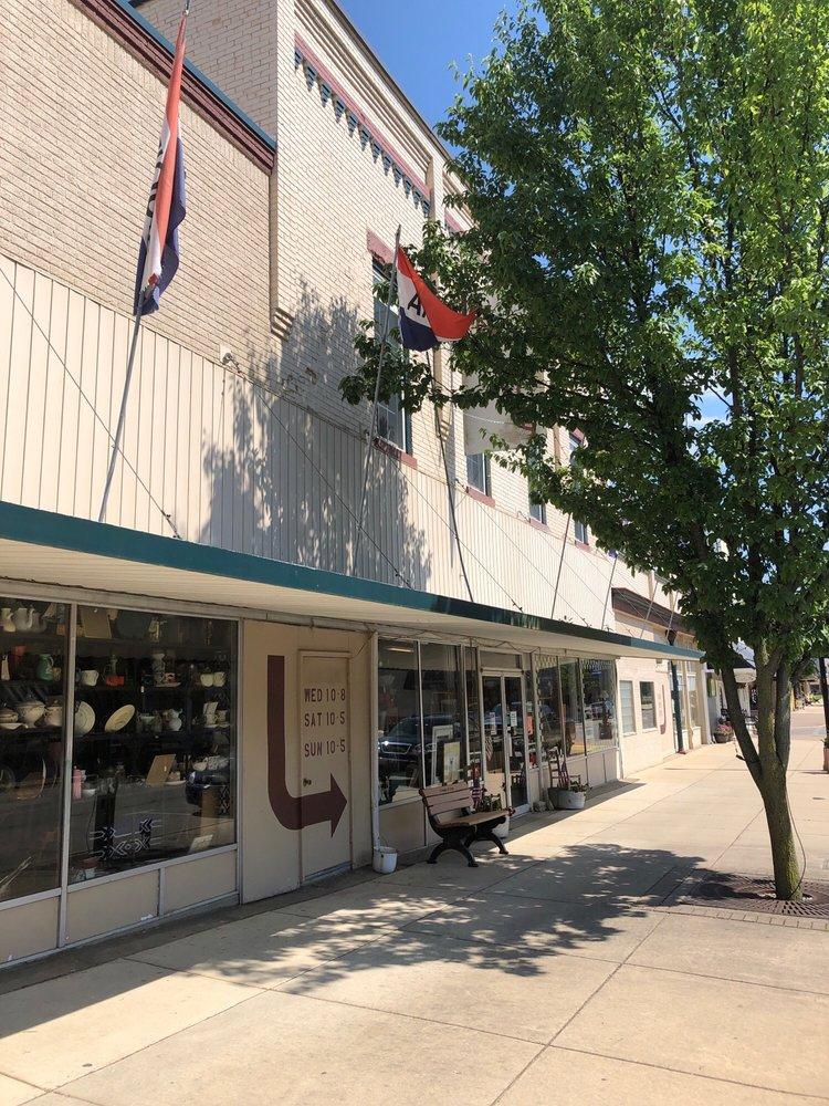 Lake Odessa Antique Mall: 1014 4th Ave, Lake Odessa, MI