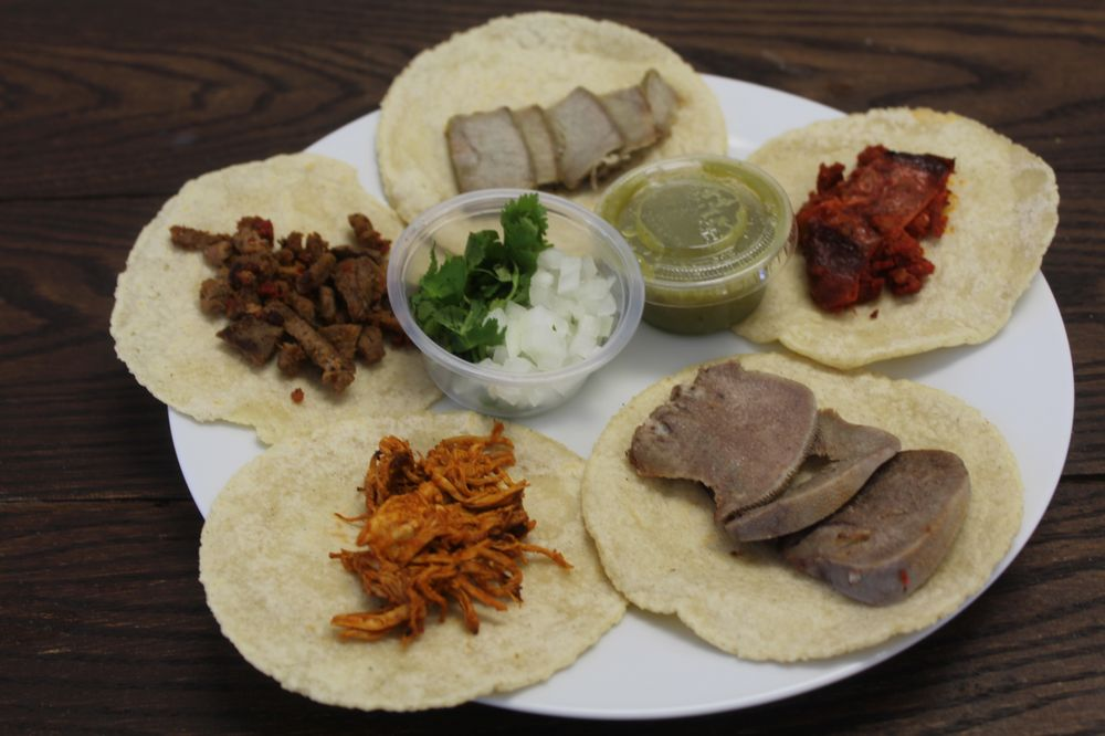 Los Gonzalez Tacos: 2542 East Side Hwy, Crimora, VA