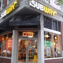 Subway Restaurants Order Food Online 12 Reviews