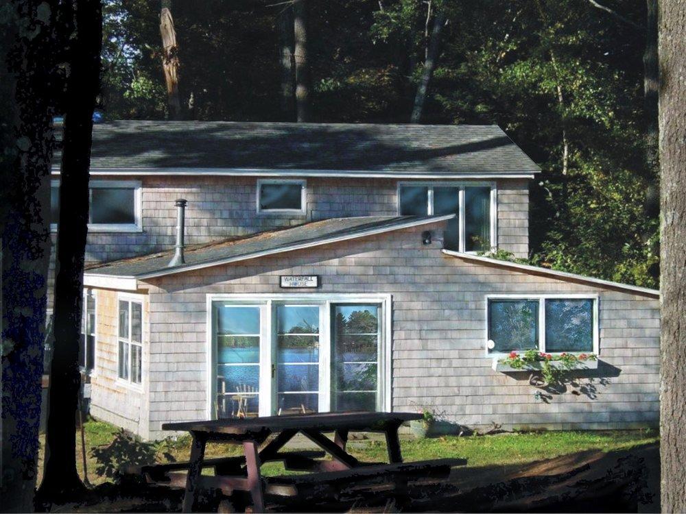Evolve Waterfront Retreat: 909 North Brookfield Rd, Oakham, MA