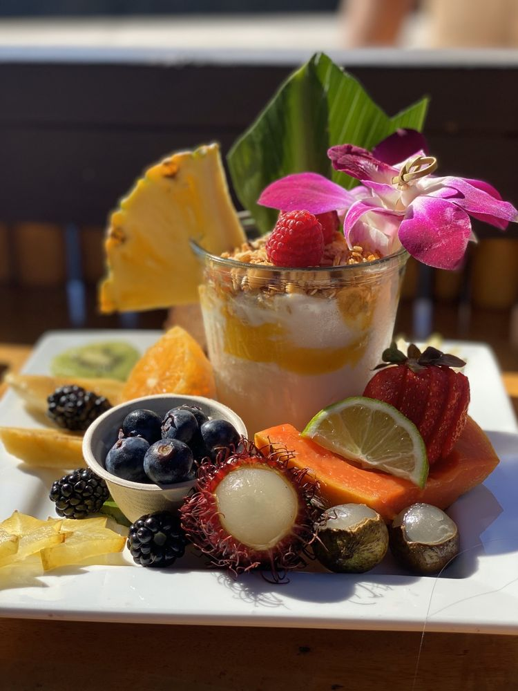 Kalikala Cuisine: 75-5695 Alii Dr, Kailua-Kona, HI