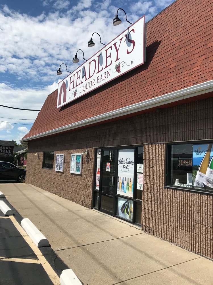 Headley's Liquor Barn: 820 Rt 5 & 20, Geneva, NY