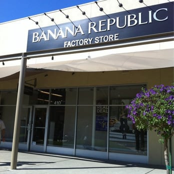 Banana Republic Factory Store Banana Republic offers versatile, contemporary classics, designed for today with style that endures. Through thoughtful design, we create clothing and accessories with detailed craftsmanship in luxurious materials.
