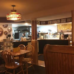 Photo Of Hy Joe S Pizza Ice Cream Parlor Le Claire Ia United