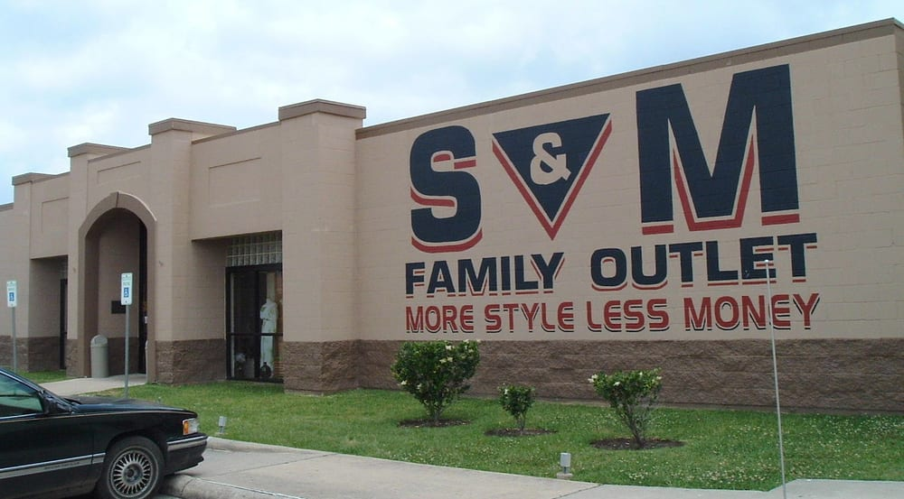 S & M Family Outlet: 4250 Dowlen Rd, Beaumont, TX