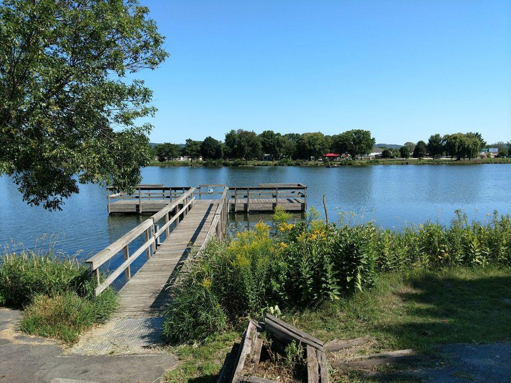 East Lake Winona pier: Winona, MN