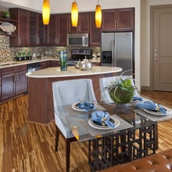 Gables Uptown Trail - 32 Photos & 22 Reviews - Apartments - 2525 ...