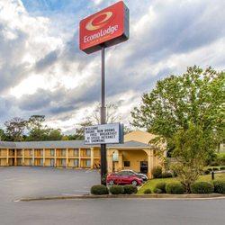 Photo Of Econo Lodge Inn Suites Evergreen Al United States