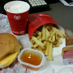 Wendys 13 Reviews Fast Food 8080 E Colfax Ave Denver Co