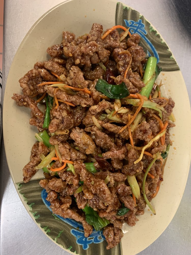 Hunan Cafe: 414 Sycolin Rd Se, Leesburg, VA