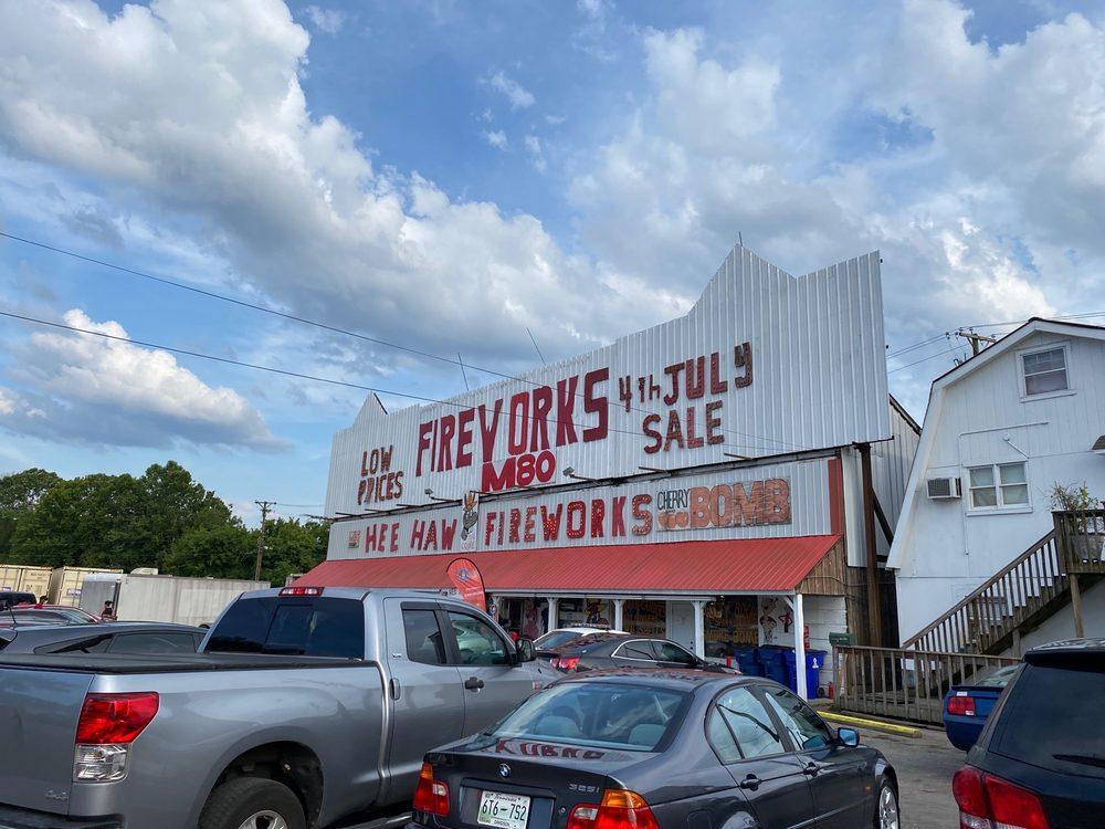 Hee Haw Fireworks: 846 Louisville Hwy, Goodlettsville, TN