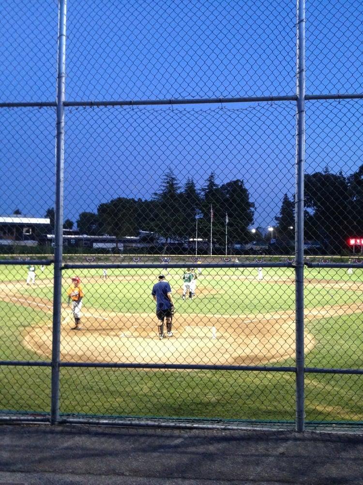 Middlefield Little League Ballpark: 3672 Middlefield Rd, Palo Alto, CA
