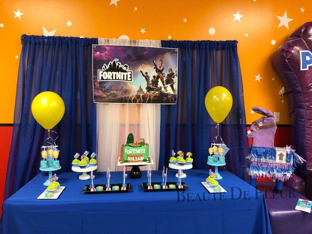Fortnite Theme For My Son Birthday Decorated By Me Treats