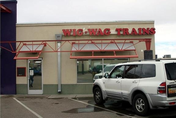 Wig-Wag Trains