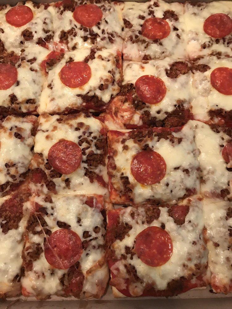 Pizzeria: 1225 4th Ave, Coraopolis, PA