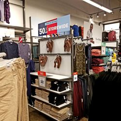 27cebb9a1d1 Old Navy Clothing Co - 25 Photos   23 Reviews - Fashion - 270 Dairy ...